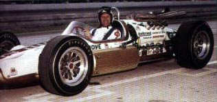 Eddie Sachs in his Ford Hallibrand